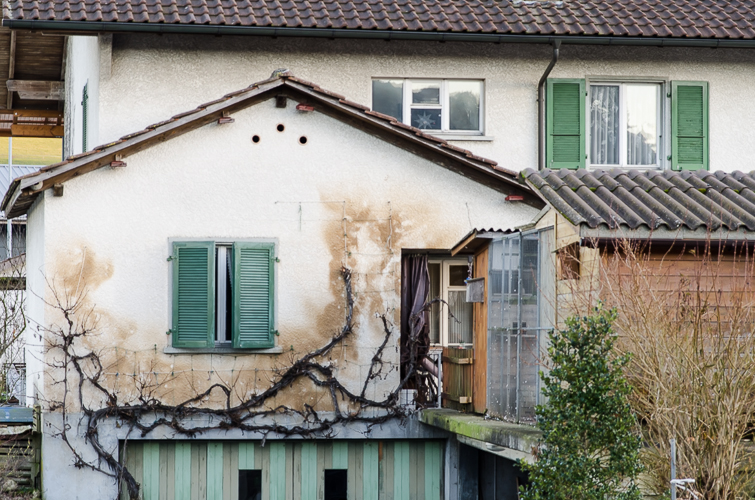 Heruntergekommene Häuser